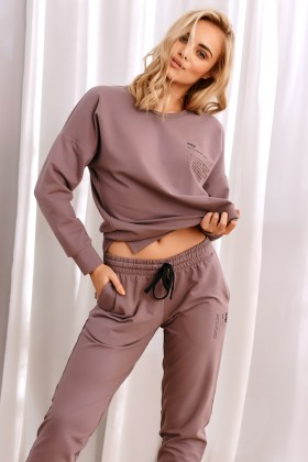 Woman's cotton joggers
