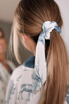 Bambusowa gumka do włosów ze wstążką