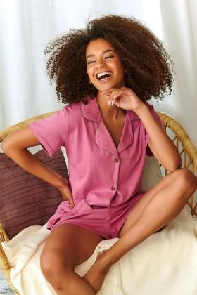 Różowa elegancka piżama z bawełny organicznej z szortami