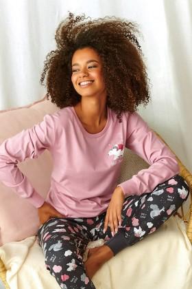 Różowa piżama z drukiem w urocze zwierzątka
